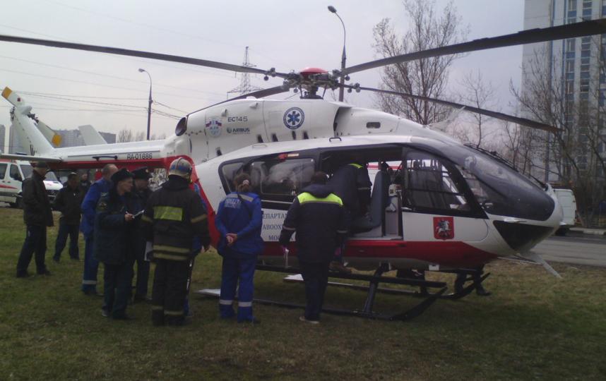 В столицеРФ автомобиль БМВ потонул впруду