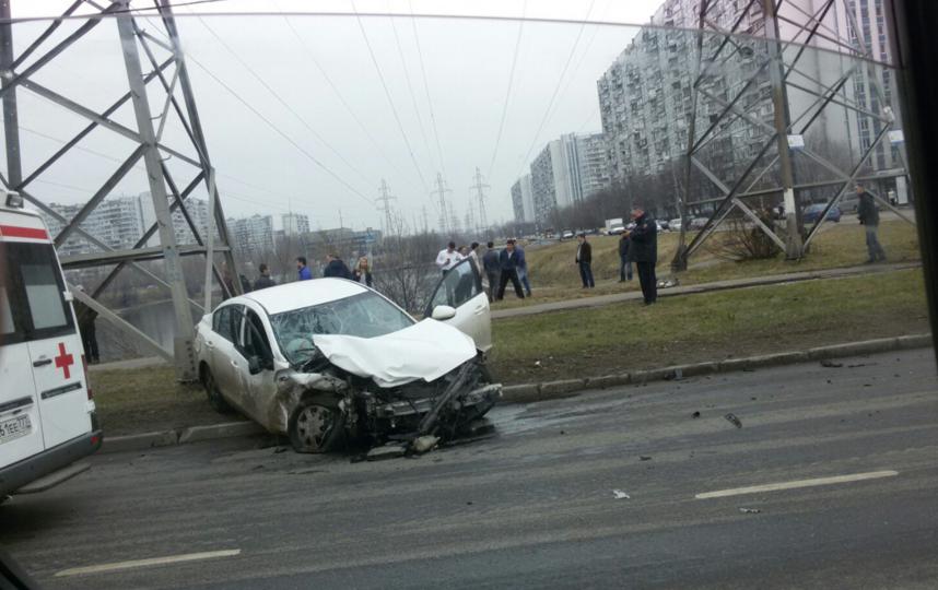 2-х пострадавший вДТП в столицеРФ доставили в поликлинику вертолетом