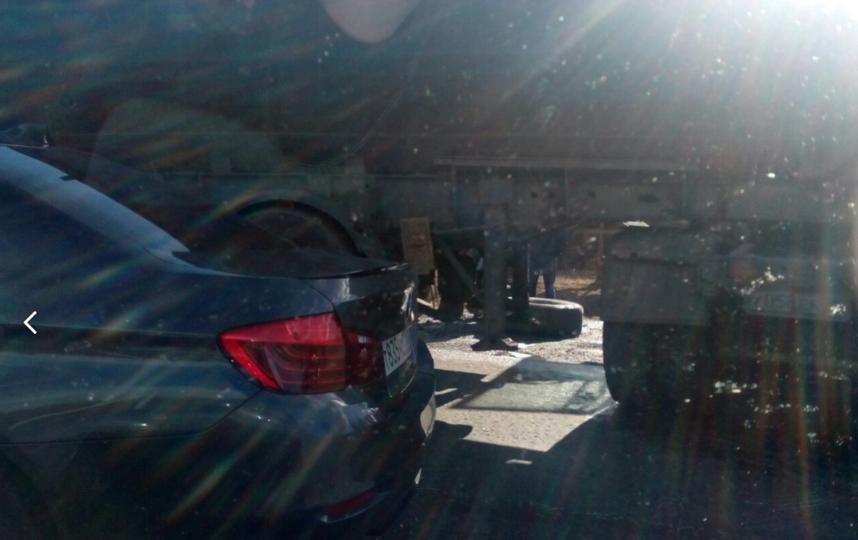 ВДТП натрассе «Россия» под Петербургом умер шофёр фургона