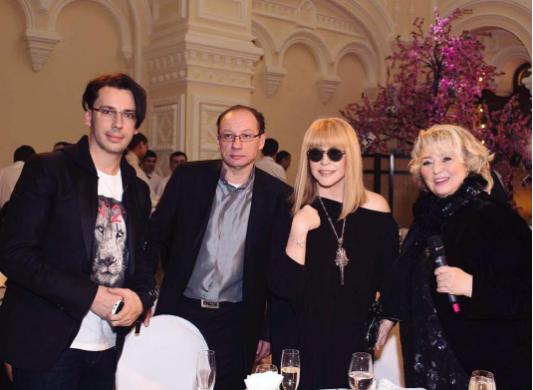 Маким Галкин, Сергей Асташев, Алла Пугачёва и Татьяна Тарасова. Фото Instagram Максима Галкина