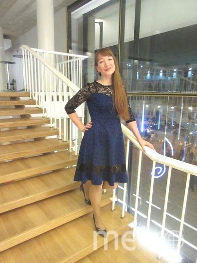 В Великом Новгороде два дня Открыли Вечность для меня, С тех пор, как на платье взгляну, В седьмое Небо улечу.. Фото Таисия Винокурова