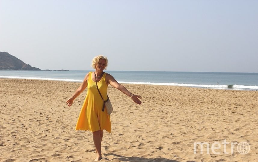 """""""Здравствуйте! Мое счастливое платье,- платье на все времена.... первый раз одела в Сочи в 35 лет,а последний раз в Индии в 53 года. Фото Марина Неволина."""