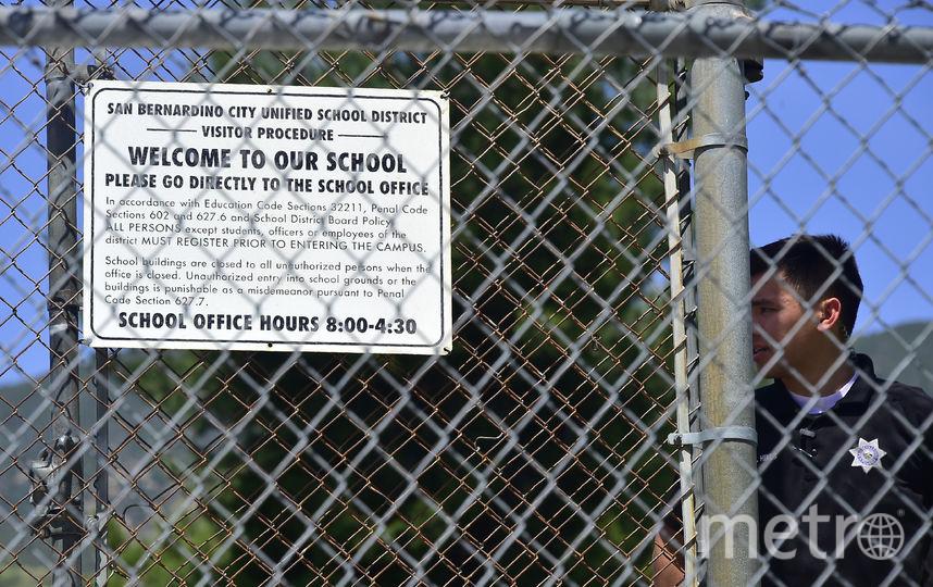 Стреьба в школе Сан-Бернардино. Фото AFP