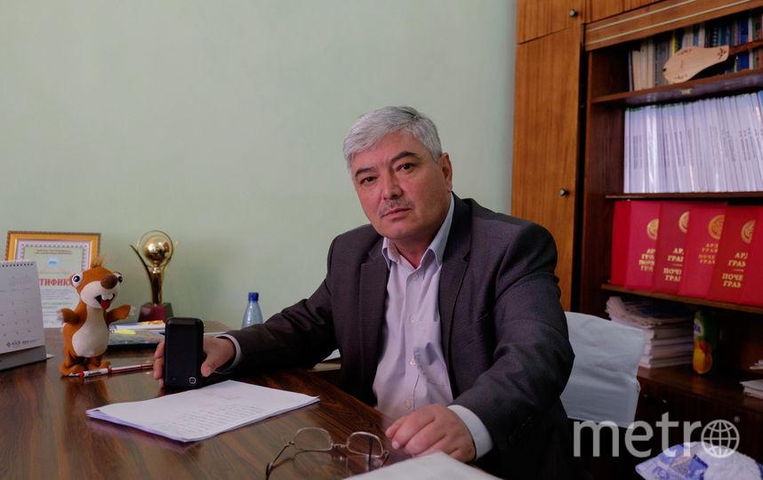 """Директор школы. Фото Алены Бобрович, """"Metro"""""""