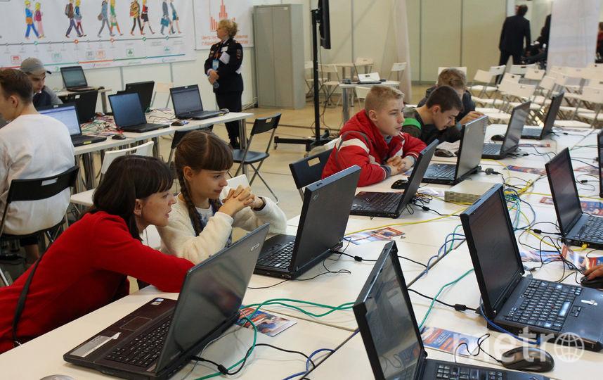 Образовательный салон на ВДНХ. Фото Василий Кузьмичёнок