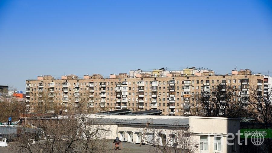 Мнение жителей столицы осносе пятиэтажек узнают потелефону