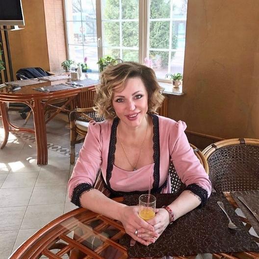 Алла Довлатова в 4-й раз проверила счастье материнства