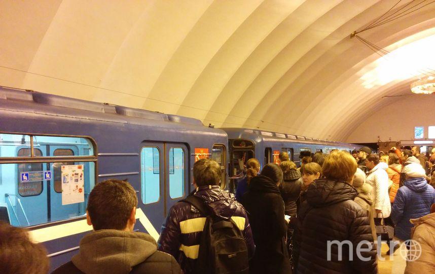 Три станции метро на100% закрыты из-за неисправного состава