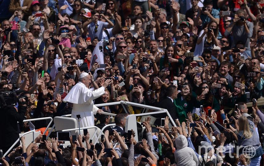Папа римский выступил с традиционным посланием Urbi et Orbi. Фото AFP