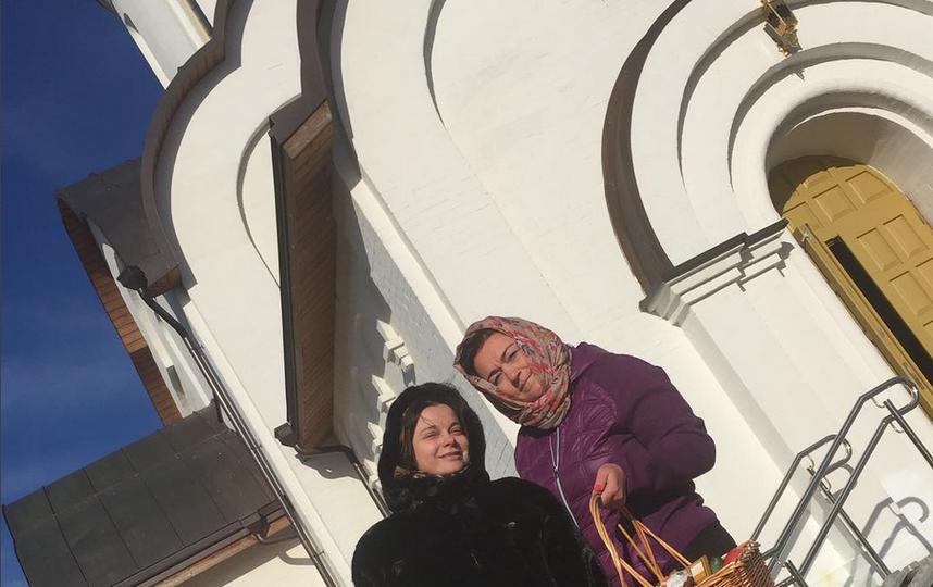 Наталья Королева сводила подругу в подмосковный храм. Фото Фото: соцсети.