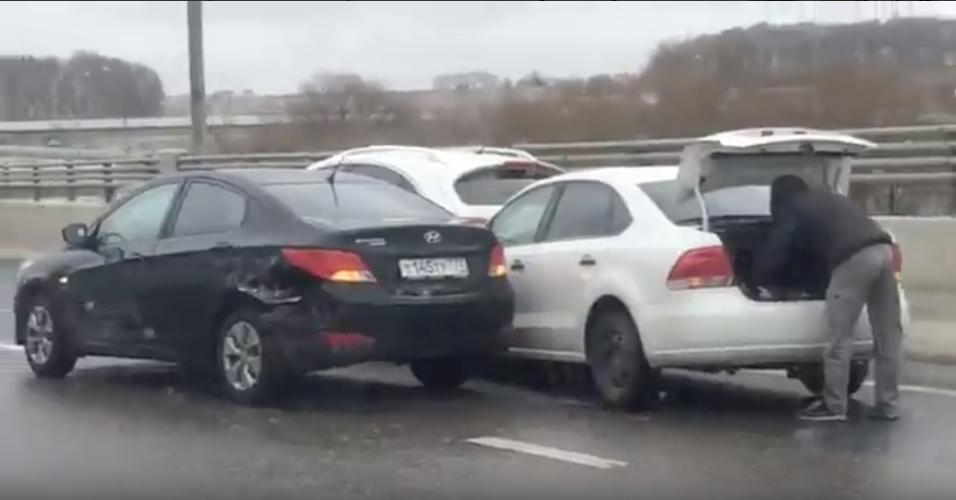 """ДТП на Боровском шоссе. Фото скриншот """"Вконтакте"""""""