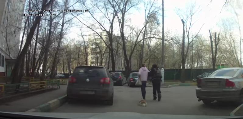 В Сети набирает просмотры видео, снятое автомобилистом на регистратор в машине. Фото скрин-шот Youtube