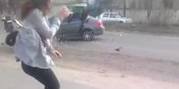 Смертельный тверк устроила украинка на проселочной дороге: видео обсуждают в сети