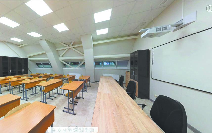 Административный блок. Здесь же находятся классы для учебных занятий личного состава. Фото предоставлены пресс-службой Минобороны РФ.