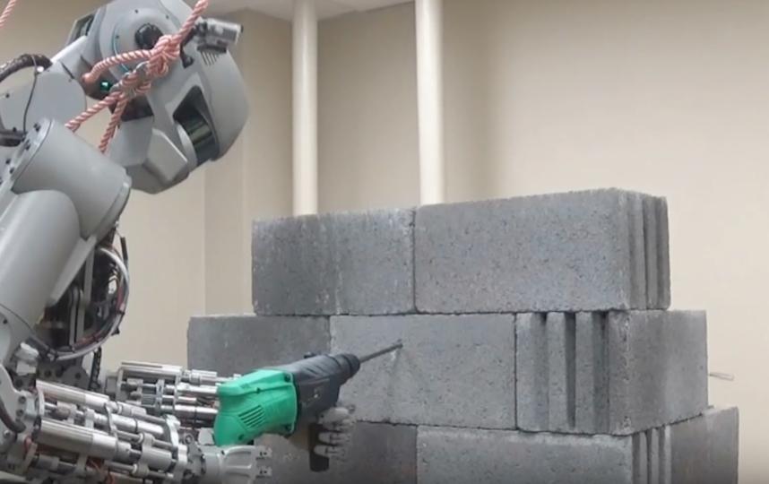 Робот Фёдор. Фото Скриншот Youtube