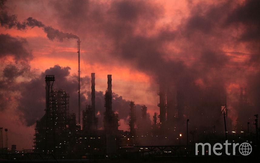 Нефть может подешеветь ещё. Фото Getty