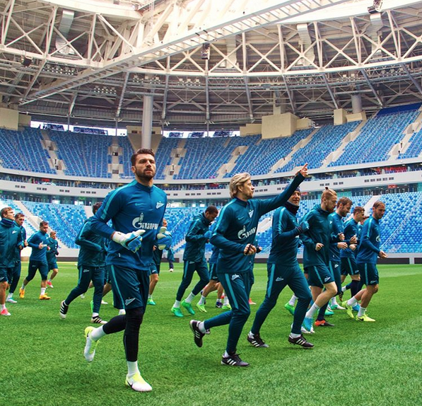 Зенитовцы провели первую тренировку на стадионе «Санкт-Петербург» | instagram | @ zenit_spb.