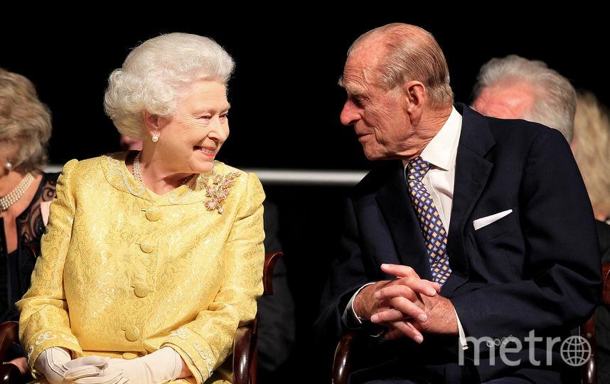 Королева Британии Елизавета II. С мужем - принцем Филиппом. Фото Getty