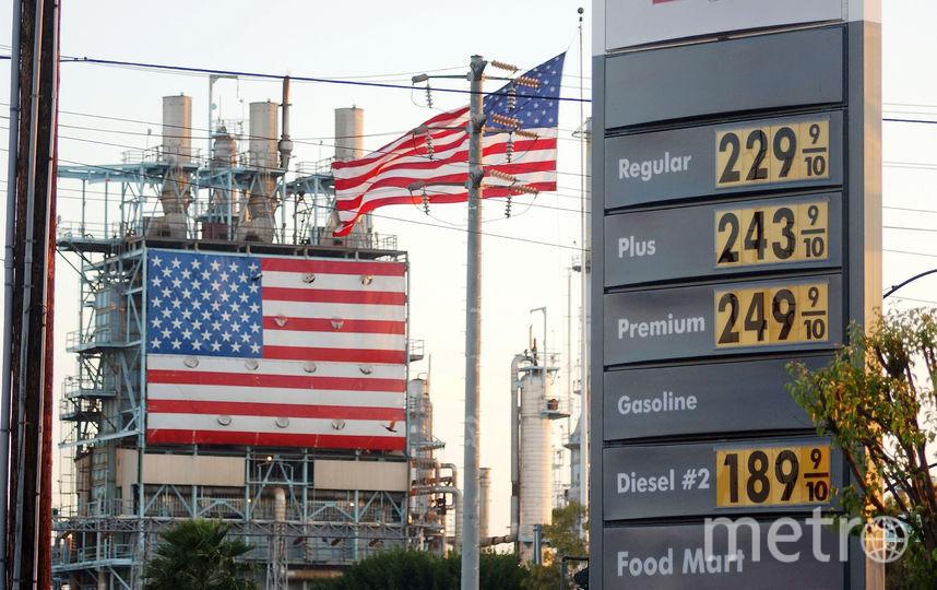 Бензоколонка в США. Фото Getty