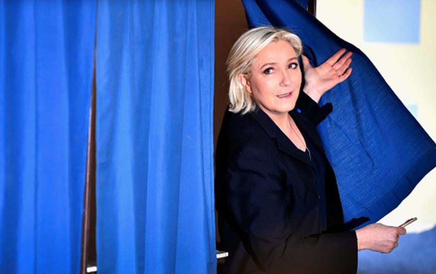 Ле Пен голосует 23 апреля. Фото Getty