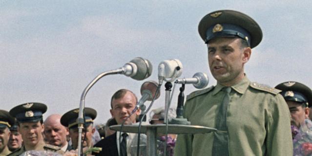 Лётчик-космонавт Владимир Комаров.