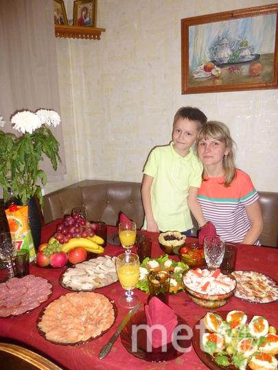 """Разговаривая с мамой, вспоминали про посуду, которую мой папа купил в Чехии, а восьмилетний сын Саша, услышав разговор, задал вопрос: """"Мама, значит деду посуду подарили ЧЕХАХСТАНЫ?"""" Фото Анна Афанасьева"""