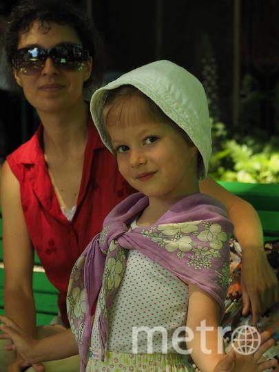 Катя, 5 лет: В конце обеда: – У меня передние лапки уже устали. У меня левая уже не в духе держать тарелку. Фото Татьяна Титова