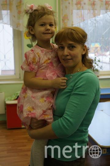 """Хочу рассказать про свою доченьку Лерочку ей 3,5 годика. Она часто говорит смешные вещи и не всегда все запомнишь. На днях мы шли из детского сада, а перед нами шла женщина с собачкой. И Лерочка говорит: """"Мама,смотри у гавгавки (собаки)хвост шатается!"""" Фото Олеся Королёва"""